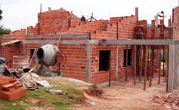 vantagens e desvantagens do steel frame